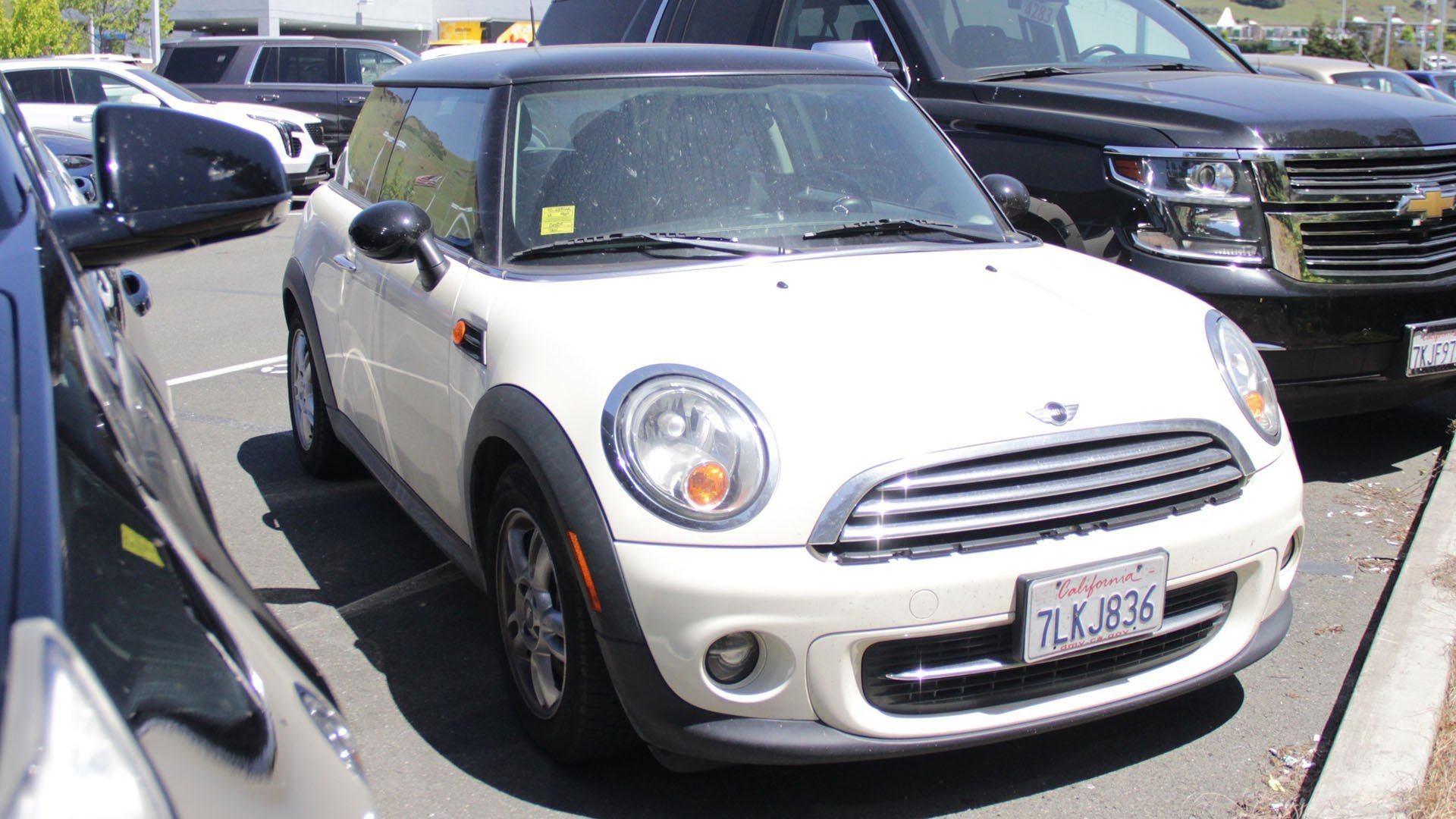 Pre-Owned 2012 MINI Cooper Hardtop Base
