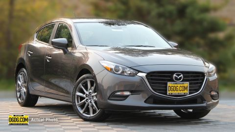 2018 Mazda3 5-Door Touring FWD Hatchback