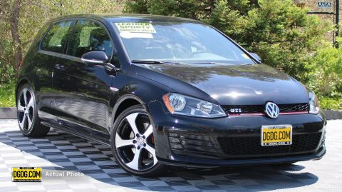 Pre-Owned 2015 Volkswagen Golf GTI 2.0T SE